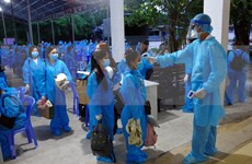 Repatrían a otros 230 ciudadanos vietnamitas varados en Tailandia
