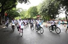 Carrera de bicicletas por Hanoi ayuda a aumentar conciencia sobre protección ambiental