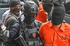 Arrestan a cuatro presuntos terroristas en Indonesia