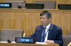 Vietnam llama a la cooperación internacional para promover la universalización de las vacunas contra el COVID-19