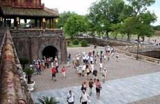 Turistas vietnamitas ansiosos por realizar viaje doméstico