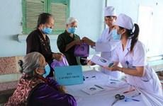 Más de 500 personas de edad avanzada reciben chequeos médicos