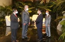 Presidente de Cuba elogia los nexos ejemplares con Vietnam