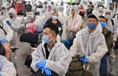COVID-19: Regresan a país 370 ciudadanos vietnamitas desde Rusia