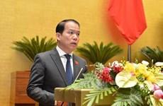 Parlamentarios vietnamitas debaten Ley de reajuste de legislación de sanción administrativa