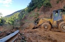 Reportan al menos 46 desaparecidos por deslizamiento de tierra en Vietnam