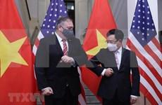 Cancilleres de Vietnam y Estados Unidos debaten medidas para agilizar asociación integral bilateral