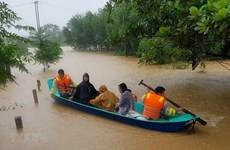 Donación de UNFPA a damnificadas de calamidades en el centro de Vietnam