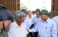 Primer ministro vietnamita visita zonas afectadas por tormenta Molave