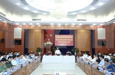 Premier vietnamita se reúne con autoridades de provincias afectadas por tormenta Molave
