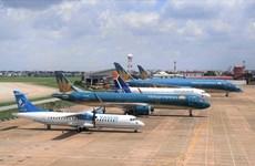 Líneas aéreas reajusten horario de vuelos debido a impactos del tifón Goni