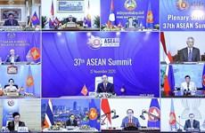 Premier vietnamita califica solidaridad como base de cooperación y clave para éxitos de ASEAN