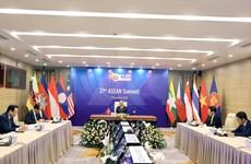 Primer ministro de Vietnam preside la sesión plenaria del XXXVII Cumbre de la ASEAN