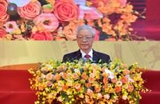 Enfatiza máximo dirigente de Vietnam necesidad de combinar la fuerza nacional y la de época en la diplomacia popular