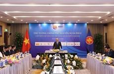 Se reúne premier de Vietnam con patrocinadores de la 37 Cumbre de ASEAN