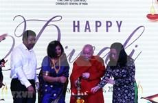 Celebran en Ciudad Ho Chi Minh festival hindú de las luces Diwali