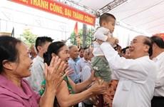 Primer ministro de Vietnam asiste a festival de unidad nacional en provincia de Hai Duong