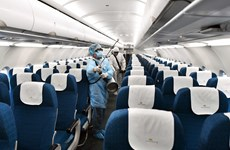 Vietnam Airlines realiza desinfecciones estrictas, especialmente en aviones de vuelos internacionales
