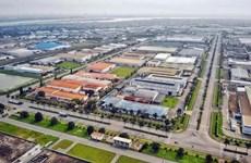 Vietnam averigua progreso de zonas industriales con grandes proyectos electrónicos