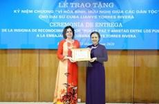 Condecoran a embajadora de Cuba en Vietnam con alta distinción de amistad