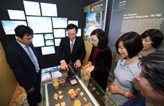 Presentan en Hanoi exposición sobre dos patrimonios culturales mundiales de Francia y Vietnam