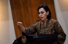 Ministra indonesia evalúa esfuerzos de Vietnam por mantener un crecimiento positivo