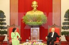 Máximo dirigente vietnamita recibe a embajadora cubana