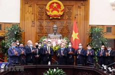 Vietnam crea condiciones favorables a inversores extranjeros, dice Premier