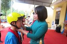 """Lanzan proyecto """"Cascos para niños"""" en provincia vietnamita de Thai Nguyen"""