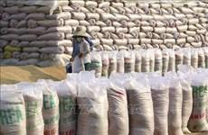 Vietnam suministra mil toneladas de arroz para ayudar a Laos tras desastres naturales