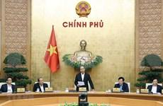 Insta premier de Vietnam a acelerar alivio de consecuencias de desastres naturales