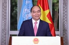 Premier vietnamita exhorta a aunar esfuerzos para superar pandemia de COVID-19