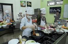 Concluyen en Vietnam concurso culinario surcoreano K-food Festival