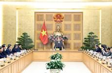 Premier de Vietnam emite orientaciones para desarrollo de diferentes provincias