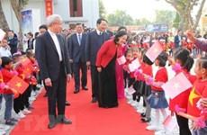 Felicitan por Navidad a comunidad católica en provincia vietnamita de Thanh Hoa