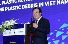 Vietnam trabaja por minimizar contaminación por plásticos