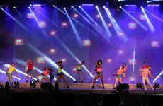 Inauguran festival de bienvenida al Año Nuevo en ciudad vietnamita