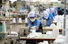 Vietnam exporta más de mil 370 millones de mascarillas en 2020