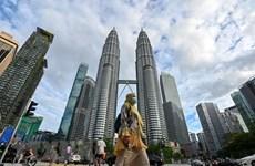 Malasia rebloquea casi todo el país para combatir la epidemia