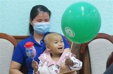 Vietnam realiza con éxito primer autotrasplante de células madre en bebé de 32 meses