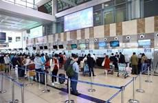 Personal de aeropuertos principales en Vietnam da negativo en pruebas de SARS-CoV-2