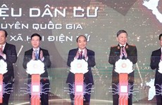 Pide premier de Vietnam acelerar transformación digital en gestión poblacional