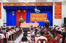 Vicepresidenta de Vietnam intercambia con votantes de provincia de Vinh Long