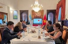 Actualizan situación de Vietnam a prensa argentina