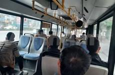 Hanoi relaja medidas de distanciamiento en transporte público