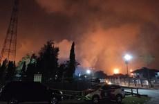 Cinco heridos y cientos de evacuados tras incendio en una refinería en provincia indonesia de Java Occidental