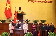 Vuong Dinh Hue jura su cargo como Presidente del Parlamento de Vietnam