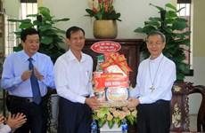 Felicitan a católicos en provincia vietnamita de Vinh Long en ocasión de Pascua