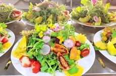 Visite la ciudad vietnamita de Da Lat en abril para disfrutar platos de flores