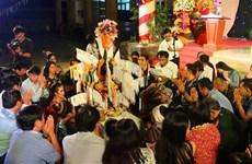 Estudiantes laosianos en Vietnam celebran su fiesta tradicional